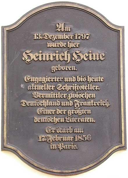 gedenktafel am heine geburtshaus in der berhmten dsseldorfer bolkerstrae - Heinrich Heine Lebenslauf